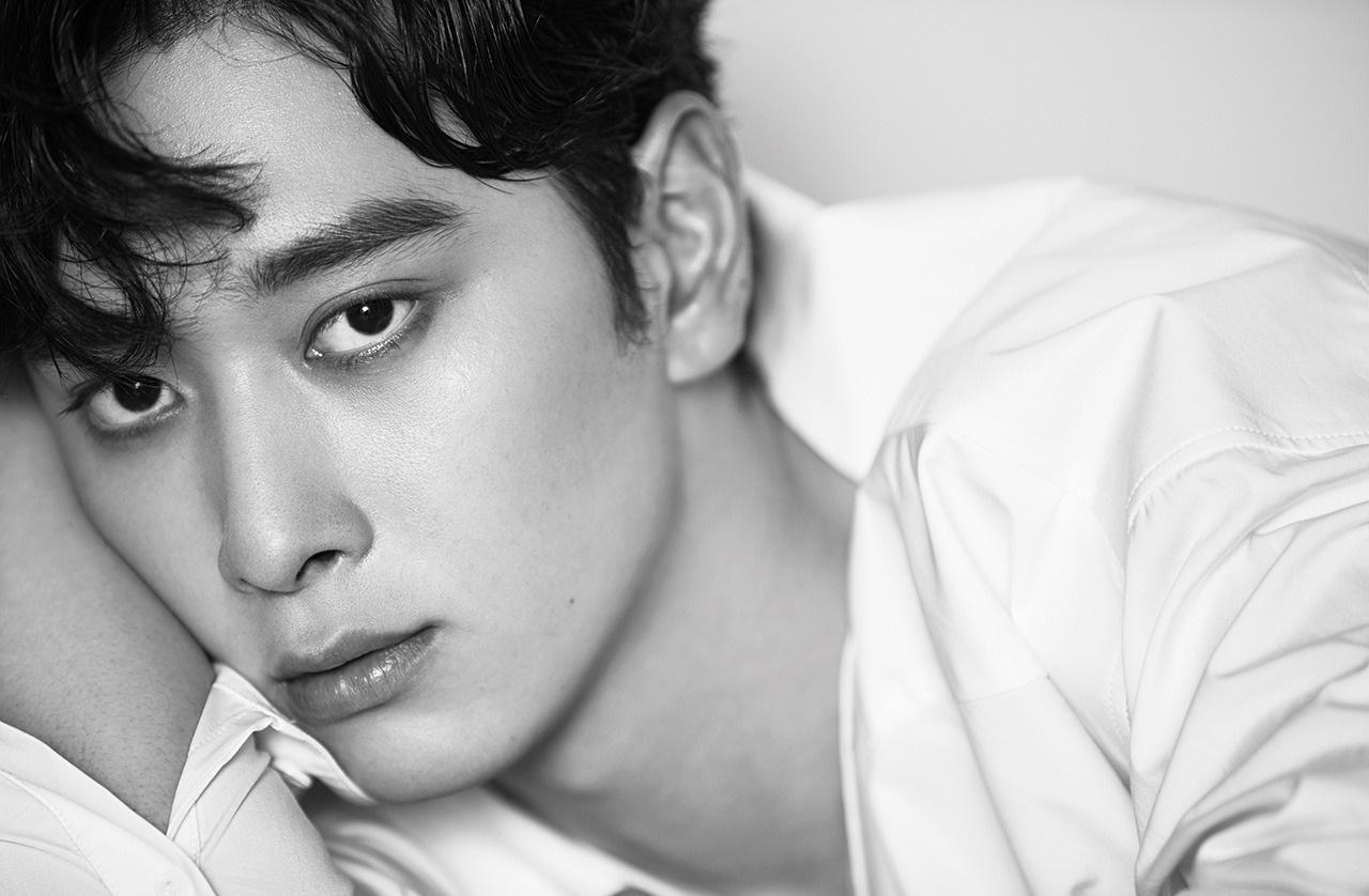 2PM's Hwang Chan-sung Byeol Korea