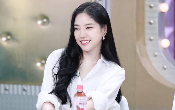 Son Na-eun Byeol Korea